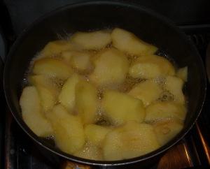 manzanas hirviendo - compota