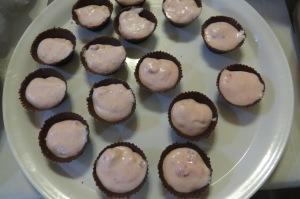 Mousse frutilla en copitas de chocolate