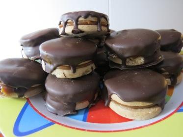 alfajores bañados chocolate