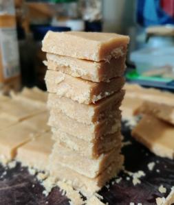 cuadraditos de manteca de maní